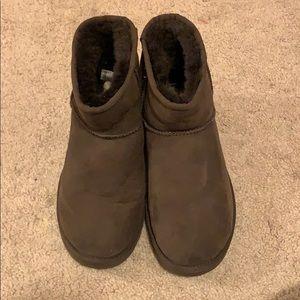 Ugg classic mini II boot. Size 8